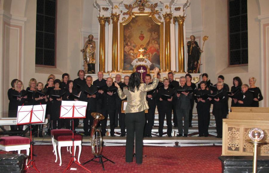 """Gemeinde Flieden - Alle Himmel singen"""" – Adventskonzert stimmte auf ..."""