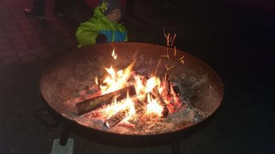 Foto zur Meldung: Adventsparty am Feuerwehrhaus