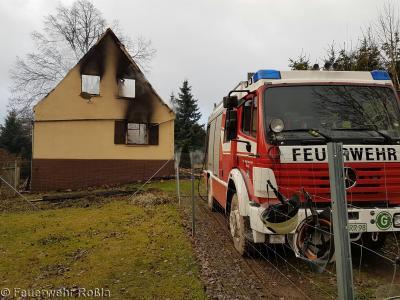 Foto zu Meldung: Brandbekämpfung - Brand Ferienhaus