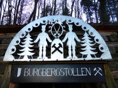 Schwibbogen am Burgberstollen