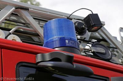 Foto zu Meldung: Brandbekämpfung - Brand Müllcontainer