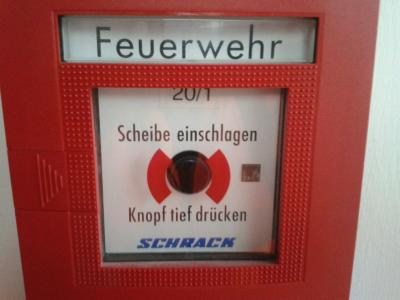 Foto zu Meldung: Brandalarm im Gewerbegebiet Petershausen