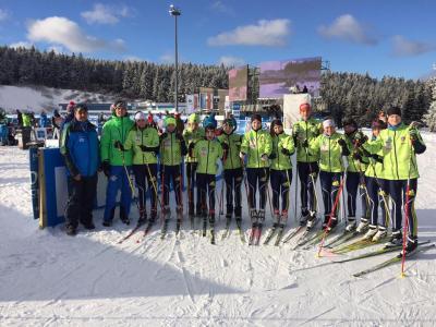 Foto zur Meldung: Nachwuchsbiathleten als Vorläufer beim Biathlon Weltcup