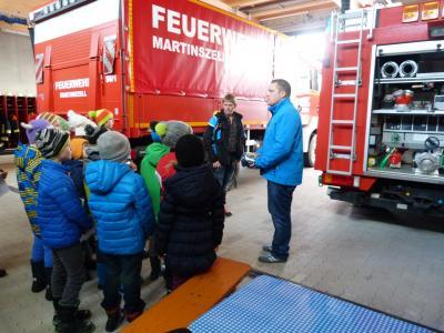 Vorschaubild zur Meldung: Besuch bei der Feuerwehr