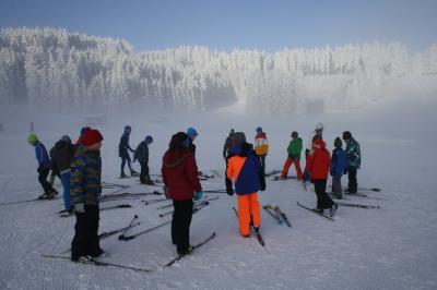 Vorschaubild zur Meldung: Nordic für alle - Skatingversuche auf der Loipe