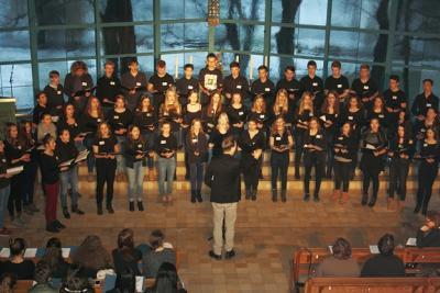 Foto zur Meldung: Hunderte Sänger brachten Kirche zum Beben