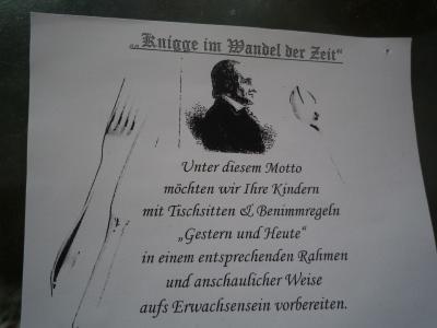 """Foto zur Meldung: """"Knigge im Wandel der Zeit"""""""