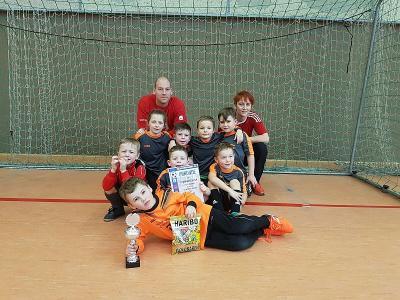 Vorschaubild zur Meldung: Bambini 2-Platz beim Sparkassen-Cup 2017 Hallenturnier