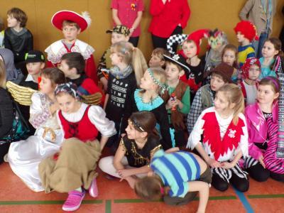 Foto zur Meldung: Fasching in unserer Schule