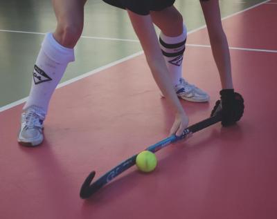 Foto zu Meldung: Unsere Damen unterliegen den 1. Damen des SCC Hockey