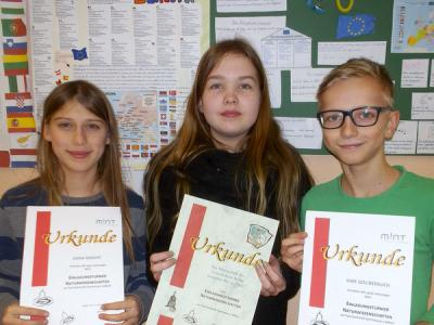 Foto zur Meldung: 3. Platz bei Naturwissenschaftswettbewerb