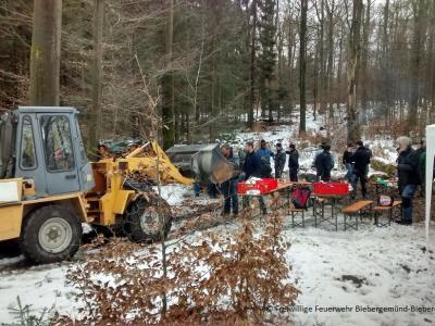 Vorschaubild zur Meldung: Besuch der FF Wiesen beim traditionellen Lackefleischessen