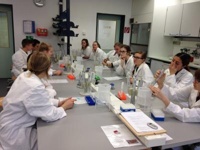Vorschaubild zur Meldung: Gläsernes Labor