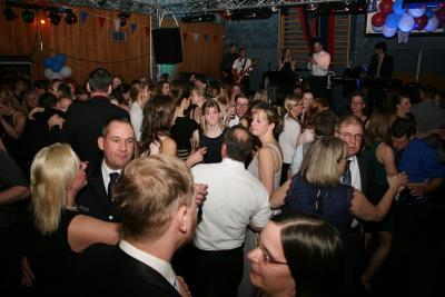 Ausgelassene Stimmung auf der Tanzfläche  (Foto: Kay Stieler)