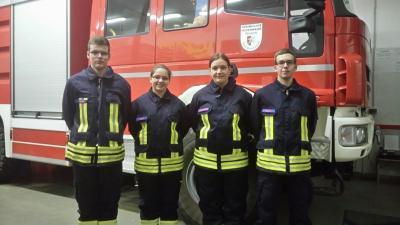 Foto zu Meldung: 4 neue Mitglieder in der Einsatzabteilung!