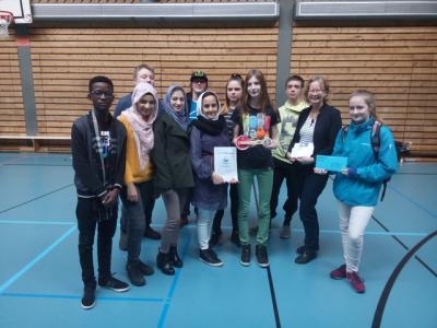 Foto zur Meldung: Super! Zweiter Platz beim TüftelEi-Wettbewerb für Achtklässler!