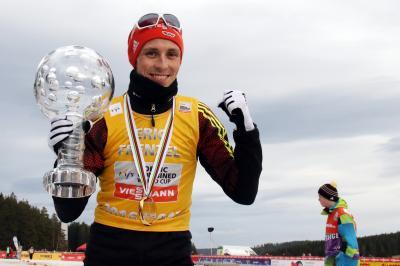 Historischer Erfolg für Eric Frenzel nach 5. Weltcup-Gesamtsieg - Foto: Hahne / johapress