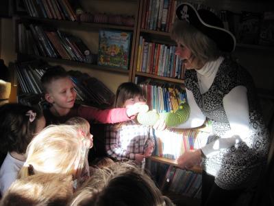 """Foto zu Meldung: Eine Piratenreise auf die """"Bibliotheksinsel"""""""