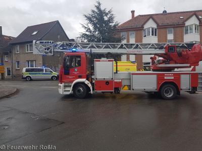 Foto zu Meldung: Hilfeleistung - Brandschutz Polizeieinsatz