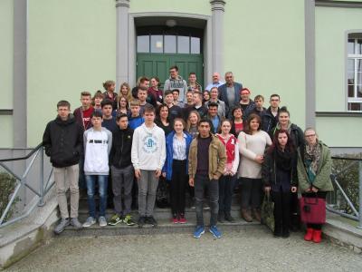 Vorschaubild zur Meldung: Neuntklässler der Ketziner Oberschule im Dialog mit Landtagsabgeordneten