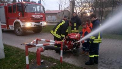 Foto zu Meldung: Löschwasserversorgung in Roskow
