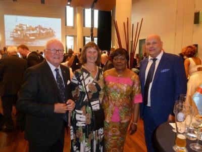 Foto zur Meldung: Dank an die Botschafterin der Dem. Rep. Kongo