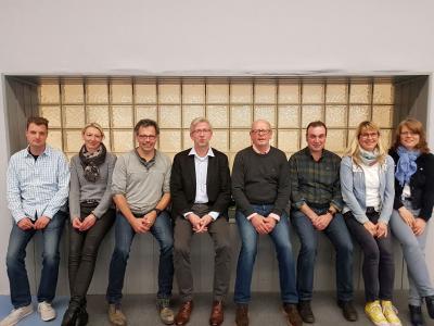 v. l. n. r.: Sebastian Wohl (Beisitzer), Silke Berger (stellvertr. Jugendwartin), Thomas Grube (2. Vors.), Hubert Büscher (1. Vors.), Tons Althoff (Schriftführer), Peter Mehmke (Sportwart), Steffi Schwarz-Tastler (Jugendwartin), Kerstin Elias (Kassiererin