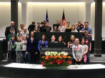Vorschaubild zur Meldung: Besuch der 5S2 im niedersächsischen Landtag