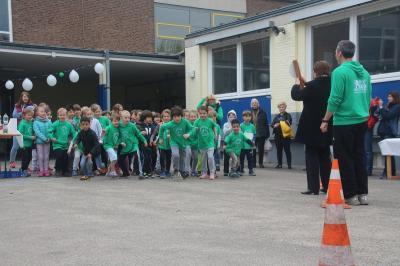 Foto zur Meldung: Spendenlauf Matthias-Claudius-Grundschule