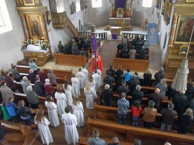 Vorschaubild zur Meldung: Karfreitag im Zeichen der Trauer und Kreuzverehrung Jesu Christi