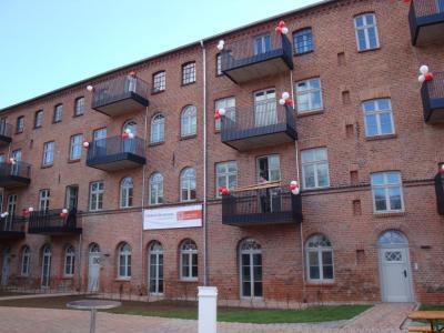 Vorschaubild zur Meldung: Übergabe Quartier Rosenwinkel - Denkmal des Monats