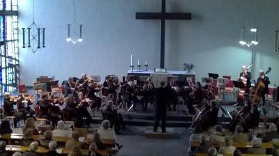 Foto zur Meldung: Pressebericht: VilBelMonte-Frühjahrskonzert des Bad Vilbeler Kammerorchesters