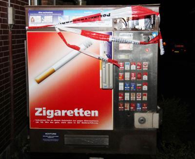 Foto zur Meldung: Schlechte Nachricht für Raucher -  Zigarettenautomat aufgebrochen