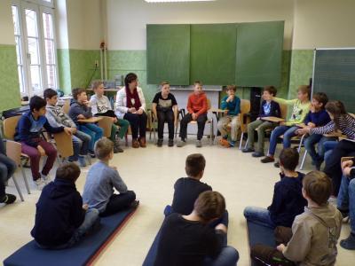 """Foto zur Meldung: Eine Bürgermeisterin zum Anfassen - Bürgermeistersprechstunde in der Grundschule """"Fritz Reuter"""" in Crivitz"""