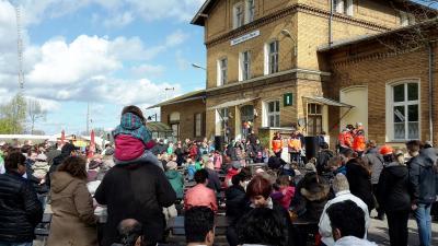 Foto zur Meldung: Das war das 4. Frühlingsfest am Bahnhof Brück