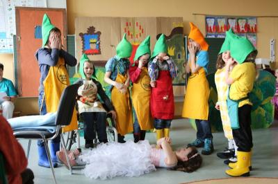 Vorschaubild zur Meldung: Märchenfest und Kinderoper
