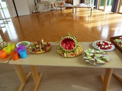 Vorschaubild zur Meldung: Obstverkauf an der Grundschule Martinszell
