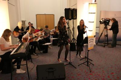 Foto zur Meldung: Konzert der Schülerband im Abgeordnetenhaus Berlin