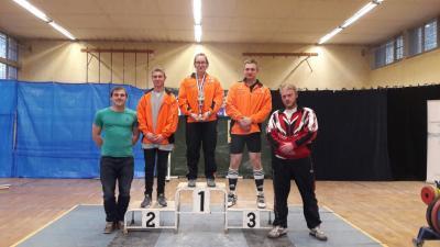 Luckenwalder Gewichtheber mit starkem Debüt