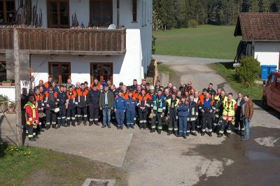 Foto zur Meldung: Traditionelle Gemeinschaftsübung der vier Feuerwehren der Gemeinde am 1. Mai 2017