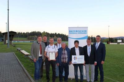 Vorschaubild zur Meldung: Goldene Raute für den SV Prackenbach – Silberne Raute vor 17 Jahren – jetzt vergoldet