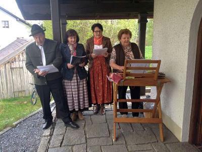 Vorschaubild zur Meldung: Stimmungsvolle Maiandacht im Silberdorf Viechtafell