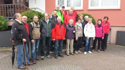 Foto zur Meldung: Wanderung Frauenchor und MGV nach Mengers