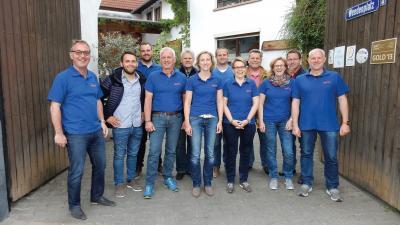 Der neue Vorstand des FSC mit den ausgeschiedenen Vorstandsmitgliedern
