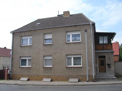Mehrfamilienhaus in Reppinichen