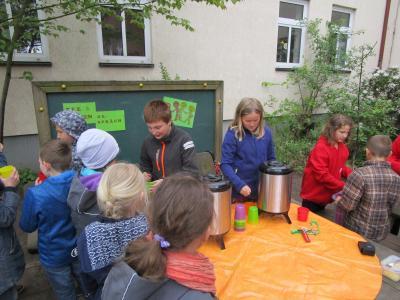 Foto zur Meldung: TEE- Projekt in der Grundschule