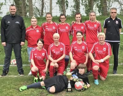Foto zur Meldung: Fußball: Meisterehrung für unsere Mädels