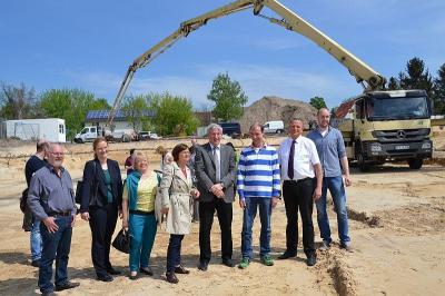 Foto zur Meldung: Baustart am Akazienhof - Neue Wohnhäuser entstehen im Stadtzentrum