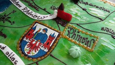 Geburtstagstorte zum 25. Jubiläum des Amtes Rhinow