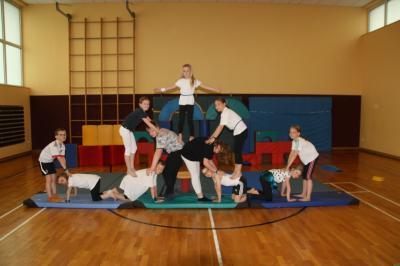 Foto zu Meldung: Zirkus-Schulfest der Ritterhofschule Polle